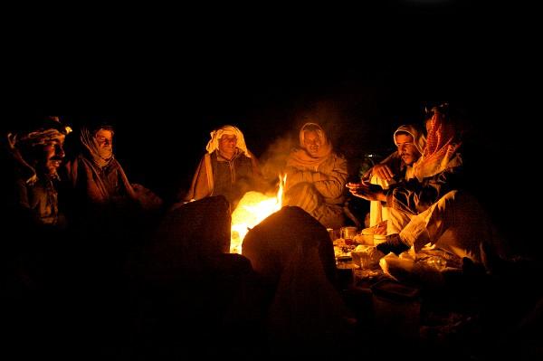 bedoeïenen kampvuur-visie en voortbestaan
